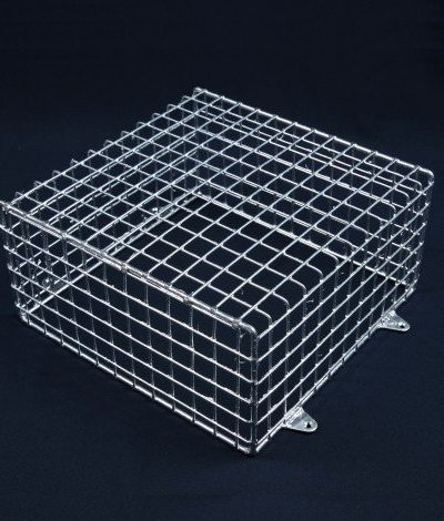 Aiano FLS/M medium galvanised bulkhead guard - wall mounted
